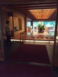 「錦水」玄関(3F)