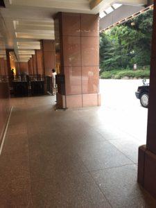 ホテル棟正面玄関・タクシー乗り場